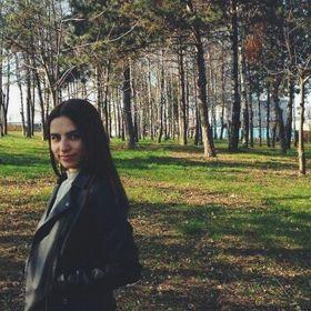 Cosmina Ghetla