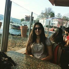 Ayşenur Taşdelen