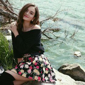 Roxana Petronela