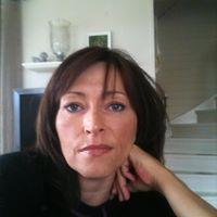 Anita Larsen