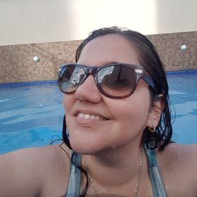 Carol Menezes