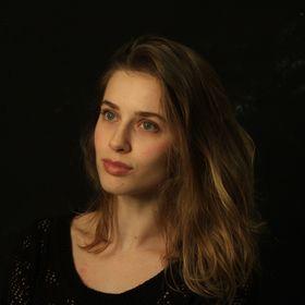 Veronika Chr