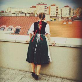 Anna Dobrocsi