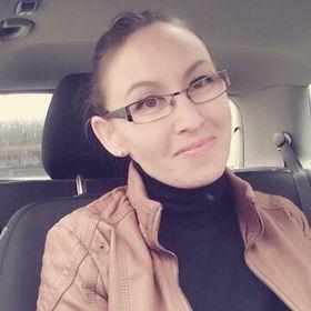 Mónika Istvánfi