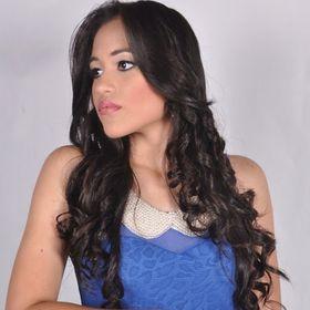 Laura Santanilla