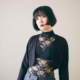 Mira Musank (DIY Fashion + Sustainable Style)