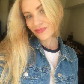 Alexandra Robb