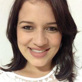 Juliele Tavares