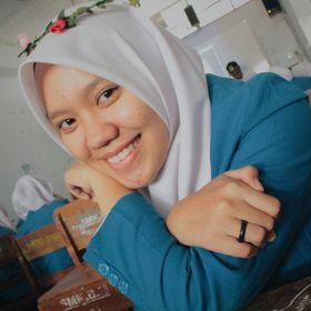 Elly Ermawati