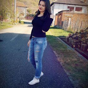 Rebeca Embey