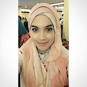 Shalista Feniza Hasny