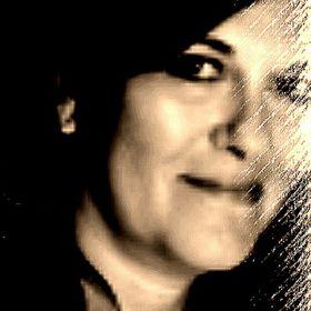 Linda Damasco Weber, Chicagoland Realtor & Dirtyfingers Artist