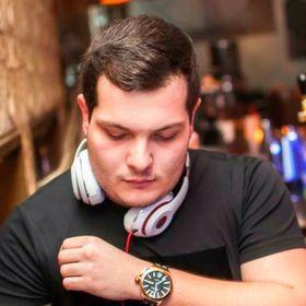 Dimitris Tzagarakis