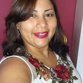 Claudia Simmy