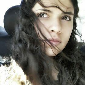 Melany Lares