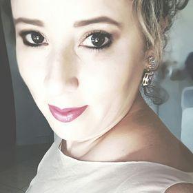 Marcela Alves Valadares