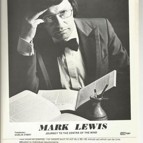 Mark Lewis Magician