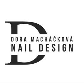 Dora Macháčková