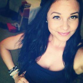 Yasmine Younsi