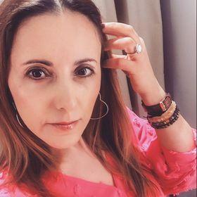 Lena Gomes