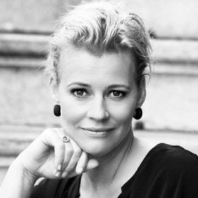 Anne Simone Hoffman-Felix