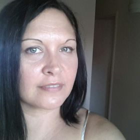 Nicolette Skinnon