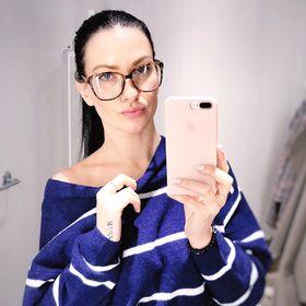 Veronika: Fashion Stylist