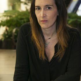 Paula Toro