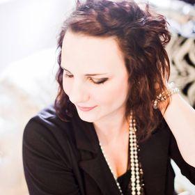 Vanessa Kromer~ Female Entrepreneur Empowerment Coach
