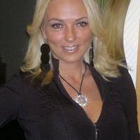 Erika Éva Szabó