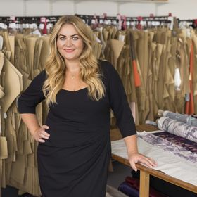 Anna Scholz PLUS SIZE Womenswear Fashion Designer