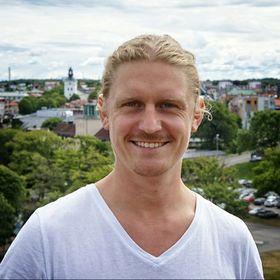 Erik Ruth