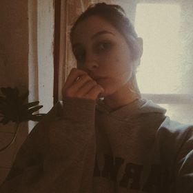 Lora Ormodi