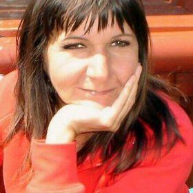 Ilona Tóth