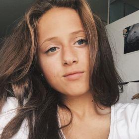 Lobna Mansor