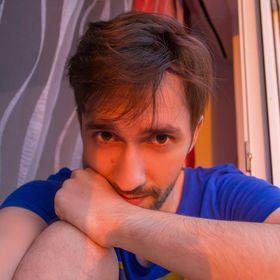 Евгений Шев