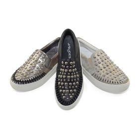 J/SLIDES Footwear