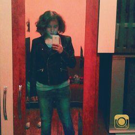 Larissa Ioana