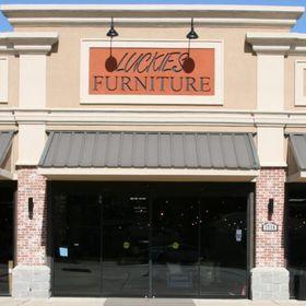 Luckies Furniture & Bedding Warehouse