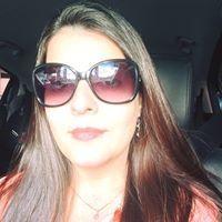 Carolinne Barros