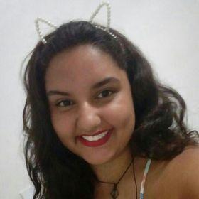 Lara Fernanda