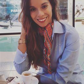 Monica Ribeiro