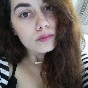 Alexandra Dina