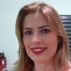 Shirley Moura