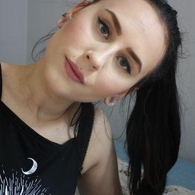 Nadia Arleen