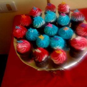 Suzee Cupcake