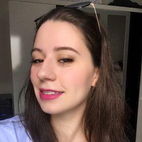 Caroline Fernanda