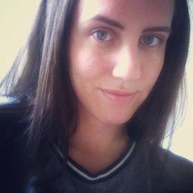 Anita Földvári