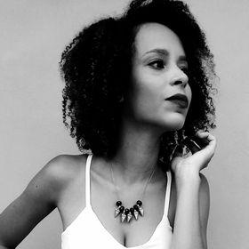 Giovana Santos