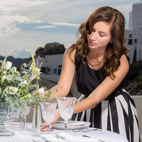 Tie the Knot in Santorini